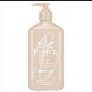 Hempz beauty koa and sweet almond moisturizer